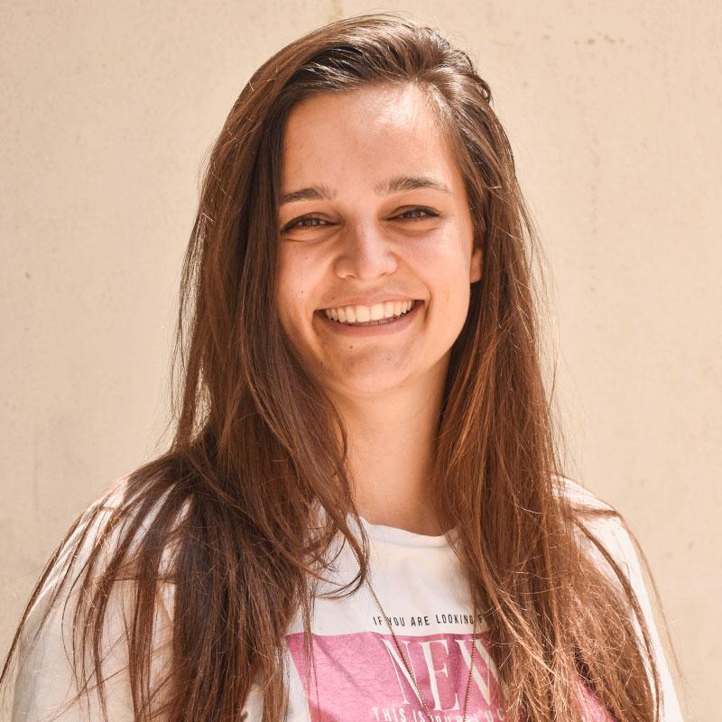 Tara Clavel
